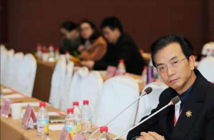 爱尔眼科重庆特区、新疆大区CEO陈茂盛院长