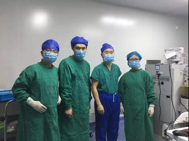 手术团队-重庆爱尔眼科医院